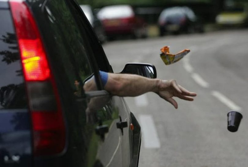 Arabadan yere çöp atma cezası